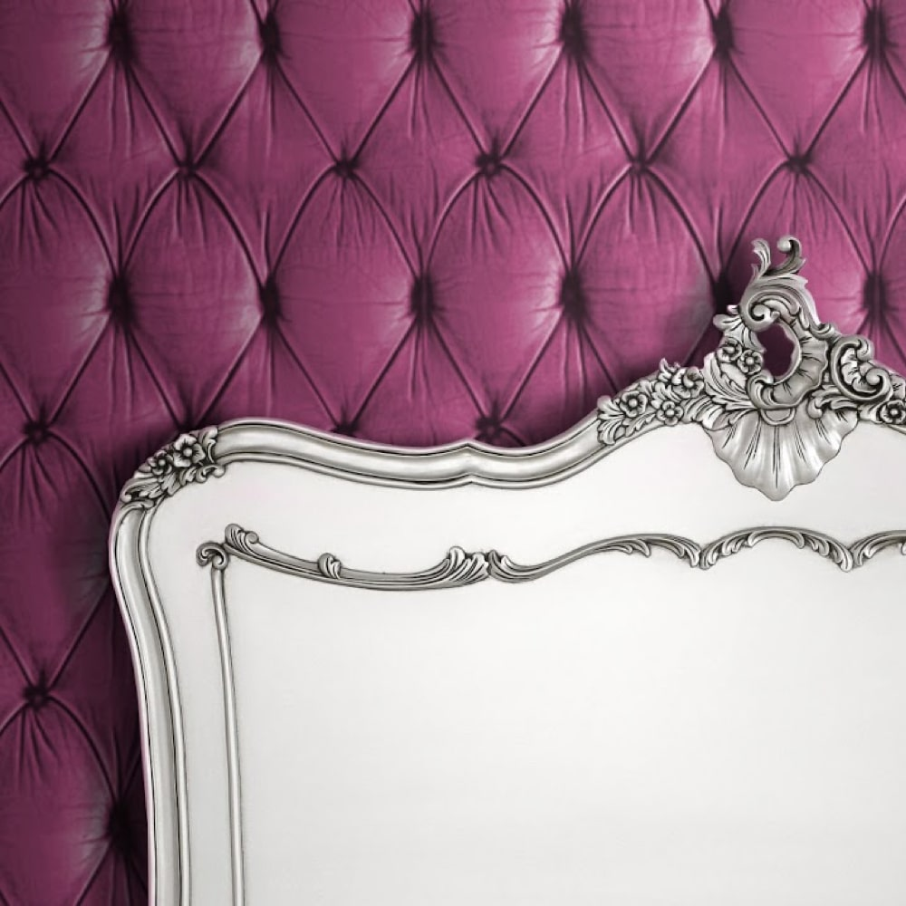 Chesterfield Wallpaper Pink close