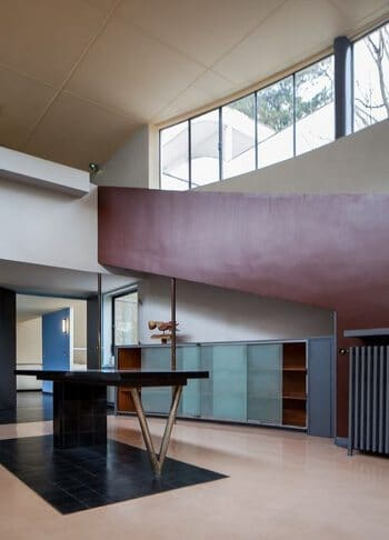 Interior designed by Le Corbusier in Modernist style