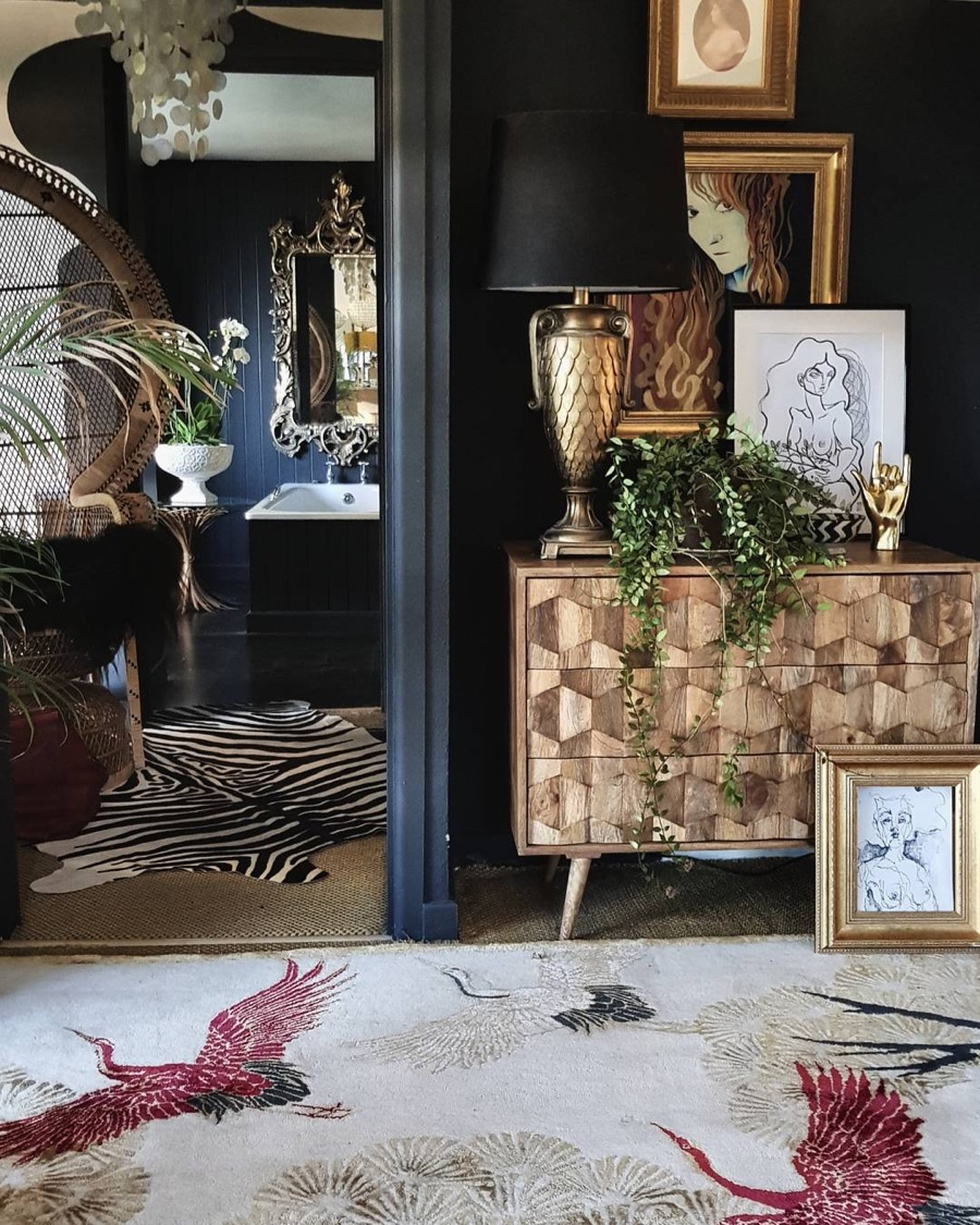 wendy morrison run in bedroom with guided sideboard