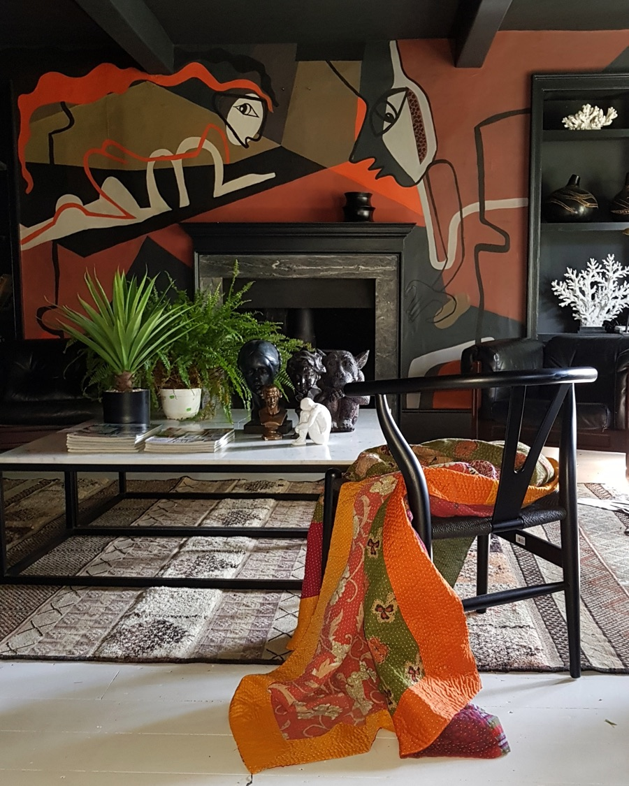Le Corbusier inspired mural by Cowboy Kate in her boho glam living room