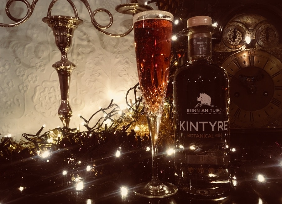 Festive Gin Cocktail - Beinn an Tuirc'y Fizz
