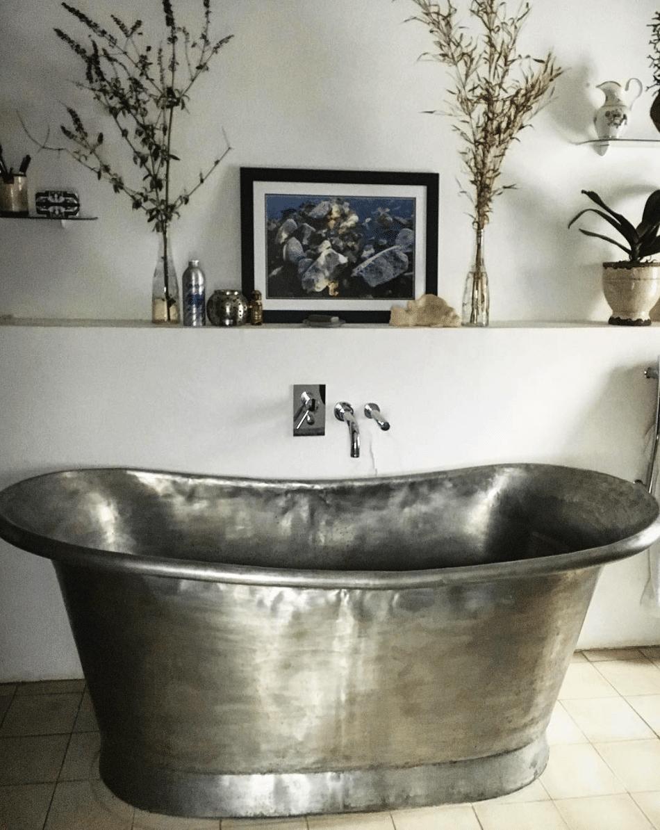 tin vintage bath