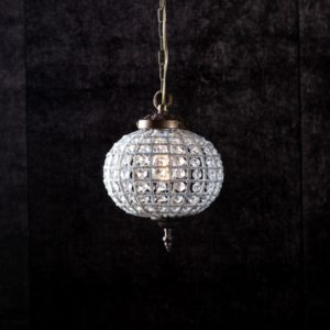 Curious Egg Cendrillon extra large size chandelier lifestyle image.