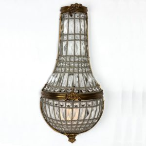 Curious Egg Lucienne chandelier light lifestyle image.
