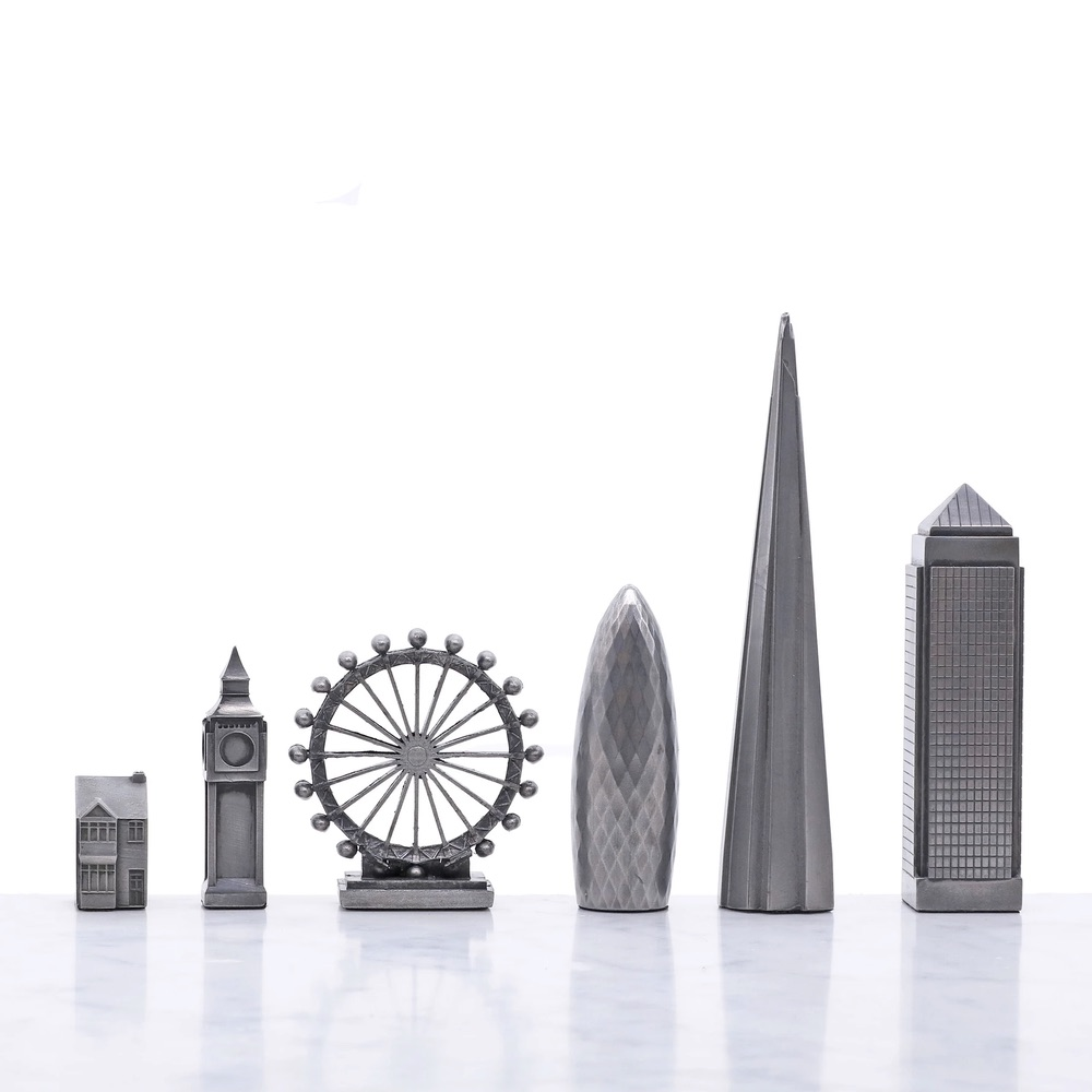 Skyline-Chess-Set-London-Premium-Pieces
