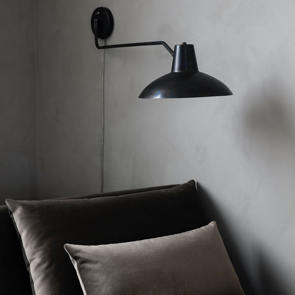 Montpellier-wall-light-lifestyle-3