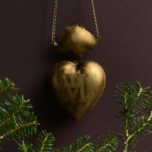 Curious Egg Flaming Heart Hanging Milagro Christmas Tree Decoration
