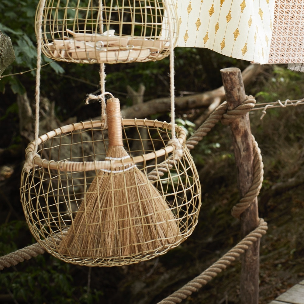 Little straw table broom lifestyle 2