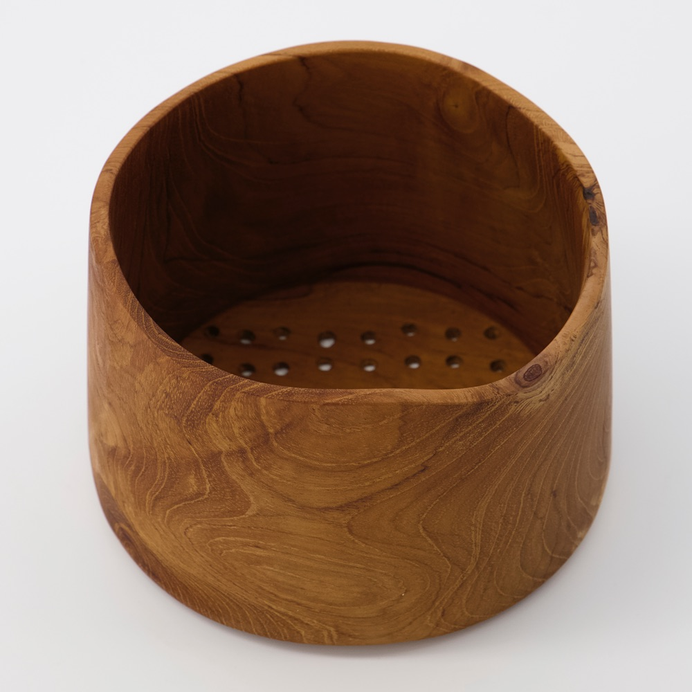 curiousegg-Hand-turned-Berry-Bowl-cutout2-forweb